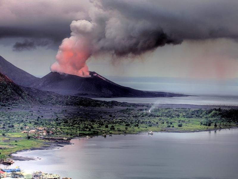 HDR of tavurvur during eruption 2011 - hot rocks rolling down the slope