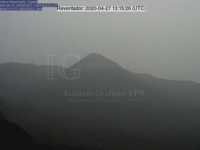 Reventador volcano on 27 April (image: IG)
