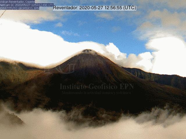 Reventador volcano yesterday (image: IG)