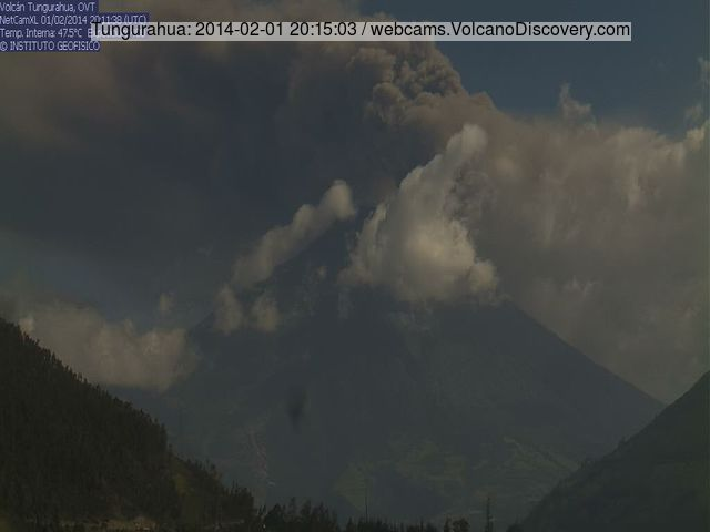 Ash eruption at Tungurahua volcano this evening
