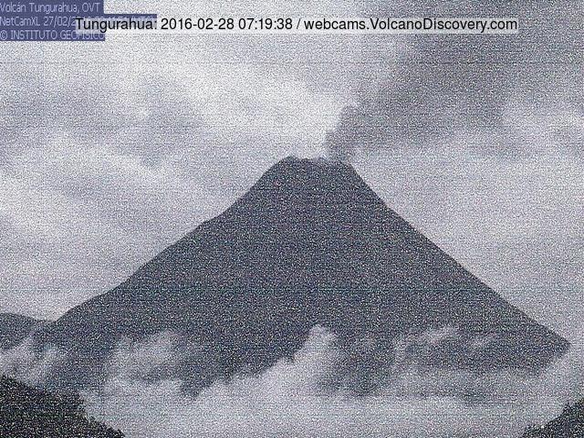 Ash/steam emission from Tungurahua yesterday