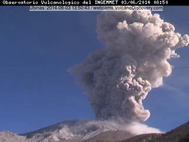 Explosion at Ubinas volcano yesterday