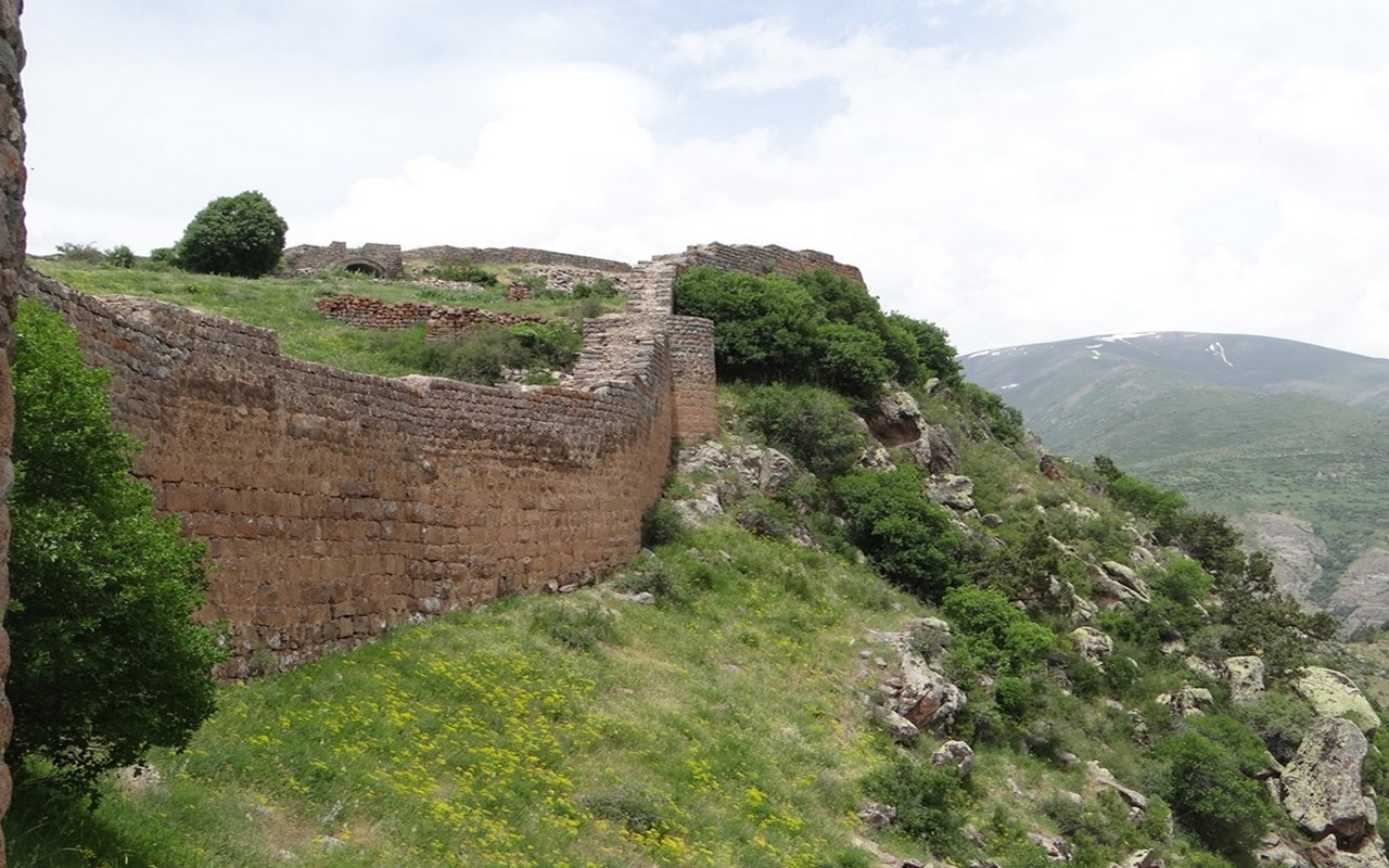 Smbataberd Fortress