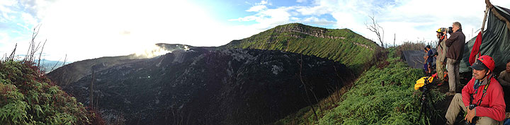 Panorama at the rim of Ibu volcano (photo: Gian Schachenmann)