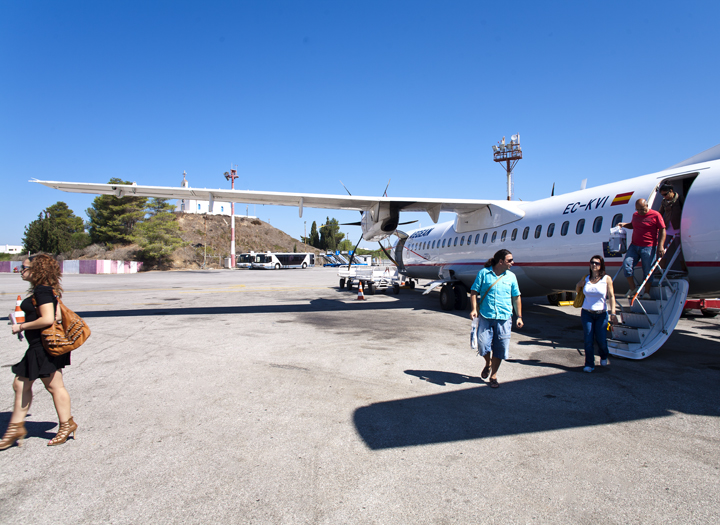 Arrival at Cos island with Aegean Airlines - the best & recommendable airline for domestic connections in Greece!