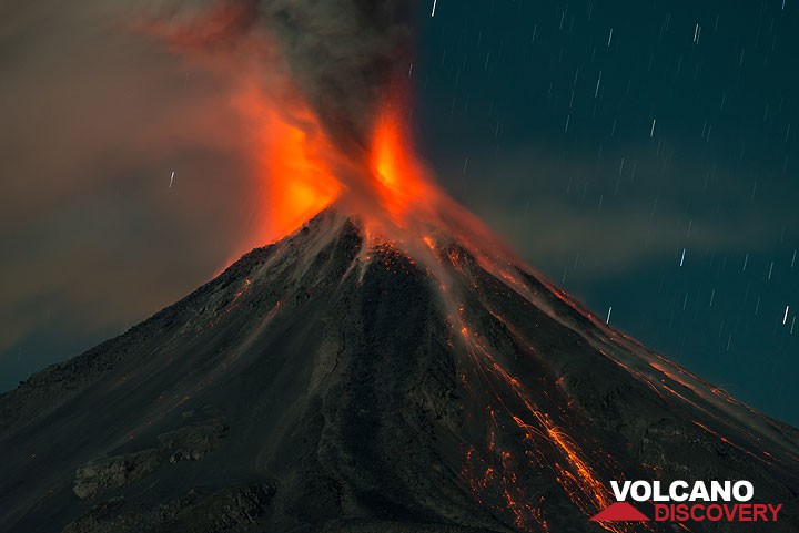 Night-time eruption of Colima