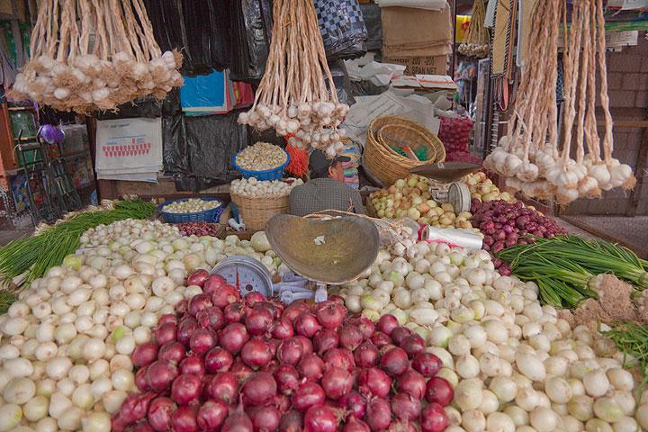 On the market of Antigua