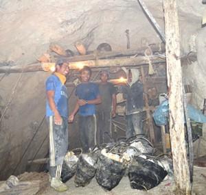 Working in a Mogok ruby mine