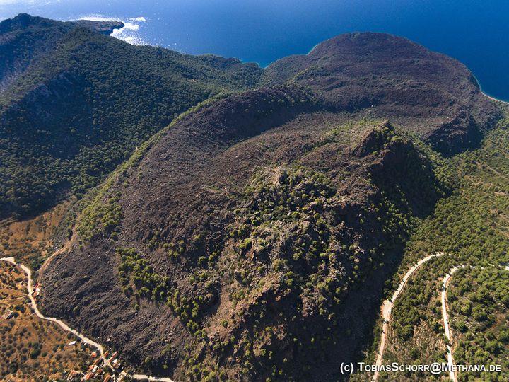 Luftbild des Vulkans (C) Tobias Schorr