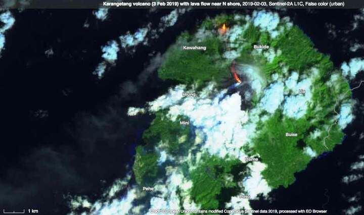 The current eruption seen on satellite data (image: ESA)