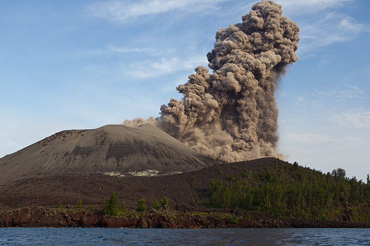 Thick ash laden plume rising up from Anak Krakatau