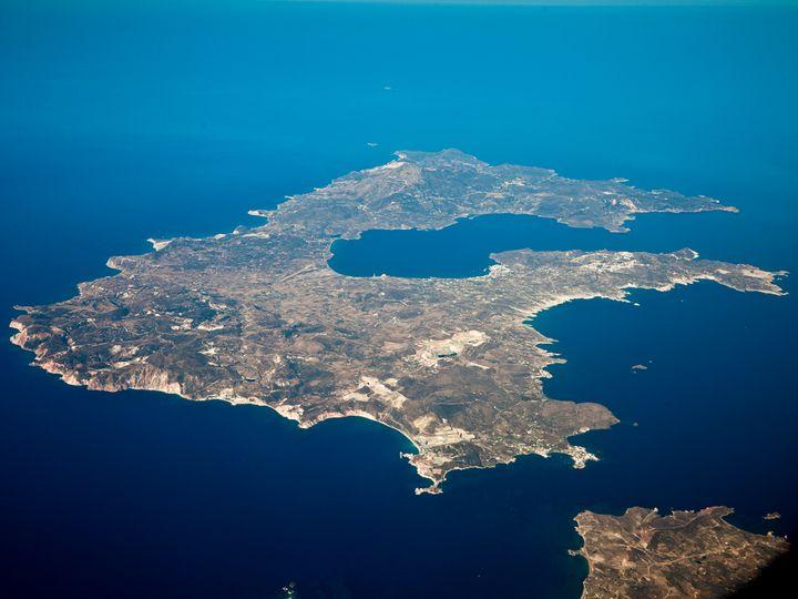 Luftaufnahme von Milos (c) Tobias Schorr
