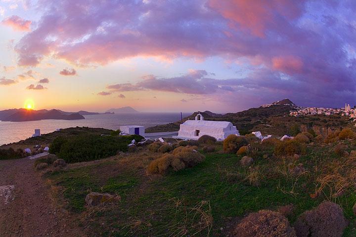 Sonnenuntergang über Milos