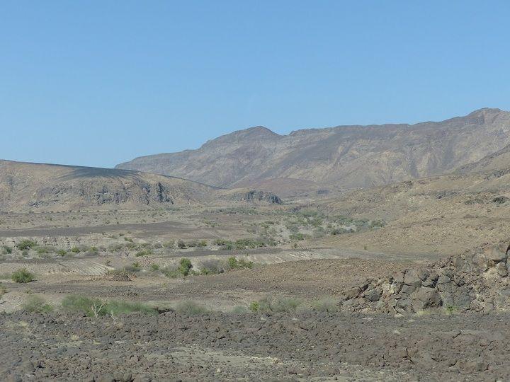 Heading north into the Danakil depression through a volcanic desert landscape (Ingrid Smet - November 2015)