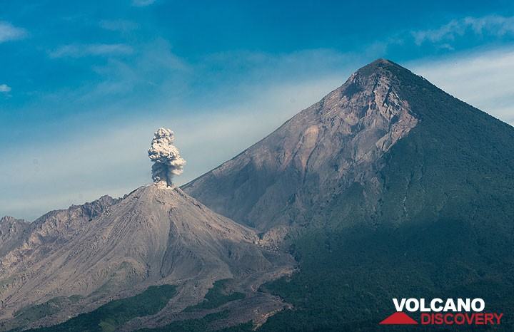View of Santiaguito and Santa Maria volcano from the south