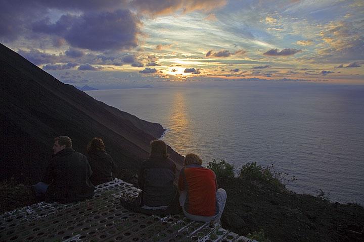 Point de vue à 400 m surplombant Sciara del Fuoco