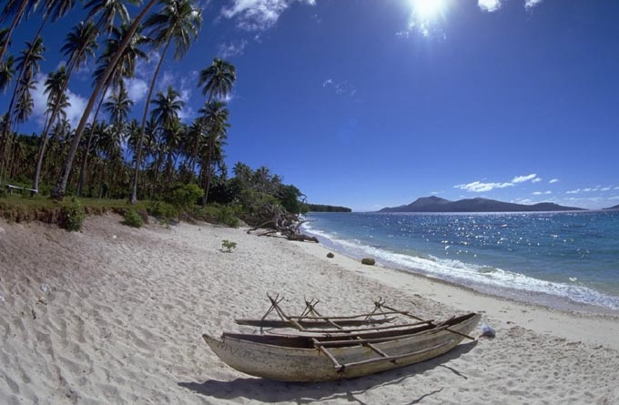 Beach on Ambrym (Photo: Marco Fulle)