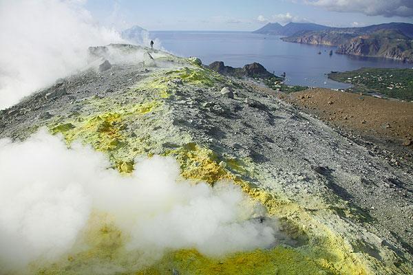 Fumaroles and sulphur deposits on the rim of Vulcano's La Fossa crater
