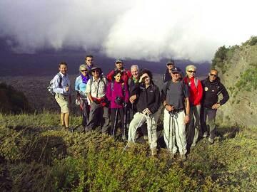 Photo de notre groupe sur la Valle del Bove (Etna), 30 Oct 2013