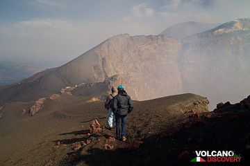 Hiking along the rim of Bocca Nuova crater