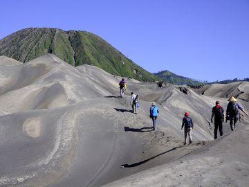 Aschehänge am Bromo Vulkan
