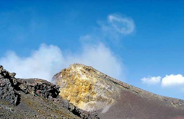 Etna der Bocca Nuova Krater im Jahr 2000, Rauch-Ringe ausgeben