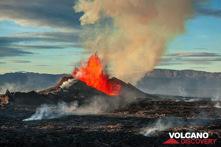 Lava fountains from the Holuhraun fissure eruption August 2014