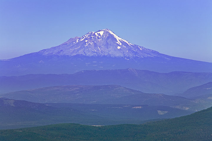 Mount Shasta volcano seen from Lassen Peak
