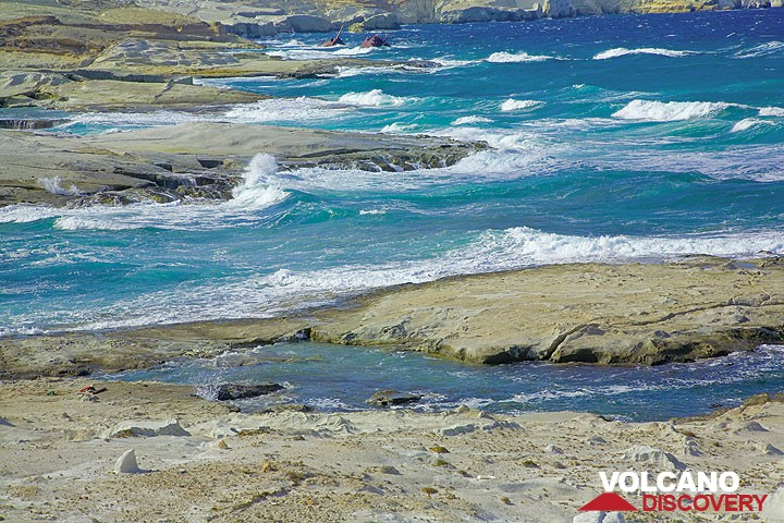 Elevated submarine volcanic ash deposits of the spectacular Sarakiniko coast of Milos